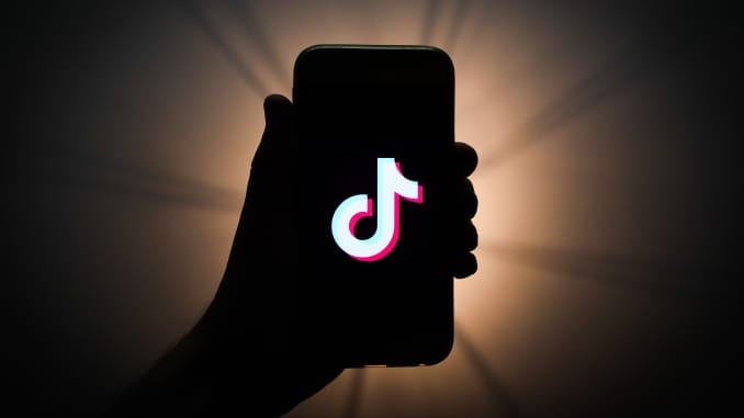 Grab-Audience-Attention-on-TikTok-Feature-image